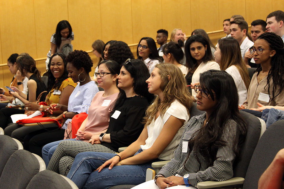 Students attend Pharmacy Welcome Day for Class of 2022
